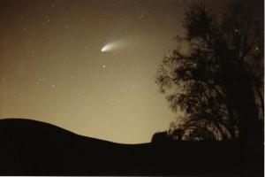 Comet-Hale-Bopp-Len-DiPinto-4 4 1997