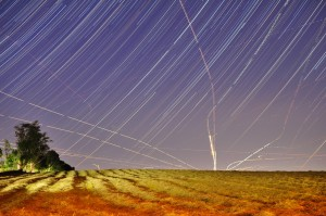 Star-and-Plane-Trails-at-Tufts-Len-DiPinto-6 19 2014